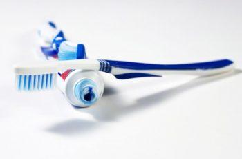 Brosse à dents électrique ou manuelle