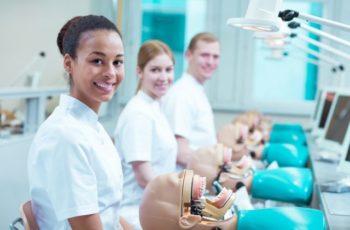 Comment devenir hygiéniste dentaire