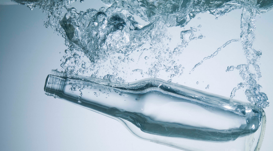 Astuce n ° 3 pour manger sainement : Assurez-vous d'avoir de l'eau et d'autres boissons non alcoolisées à portée de main